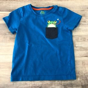 2-3 year BABY BODEN frog pocket T-shirt 🐸